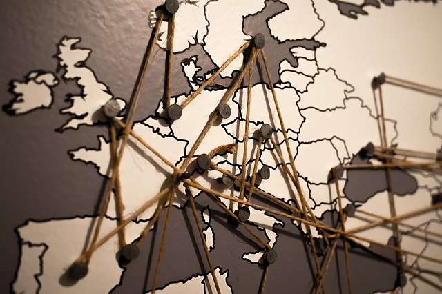 Karte. Bild von https://pixabay.com/de/users/TheAndrasBarta-2004841/